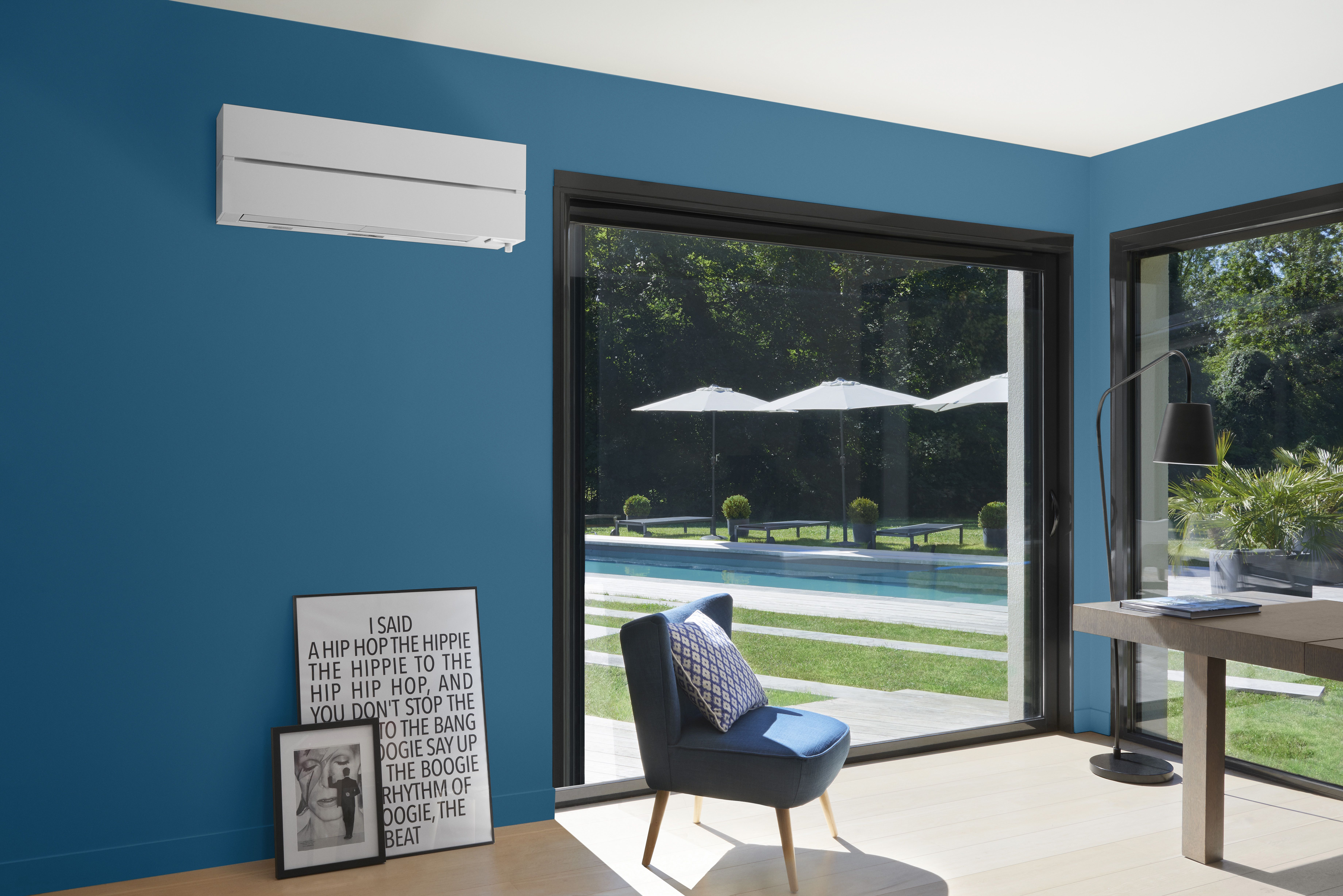 mitsubishi electric pr sente ses solutions fra cheur d 39 t. Black Bedroom Furniture Sets. Home Design Ideas